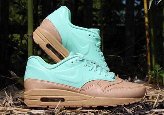 Women's Nike Air Max 1 VT QS Vachetta Tan/Arctic Green Athletic Shoes Size 10