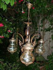 Antico elegante lampadario 3 luci legno bronzo dorato vetro con fiori anni '40