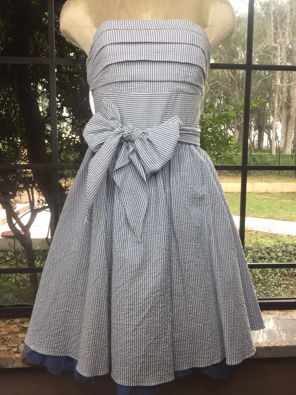 NWT BETSEY JOHNSON Seersucker Strapless Tulle Dress Größe 6 Blau and Weiß