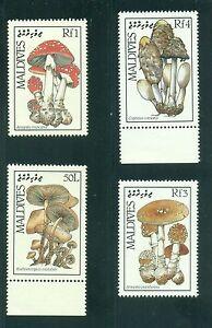 Maldive-Islands-1986-Fungi-Mushrooms-Set-of-8-SG-1217-1224