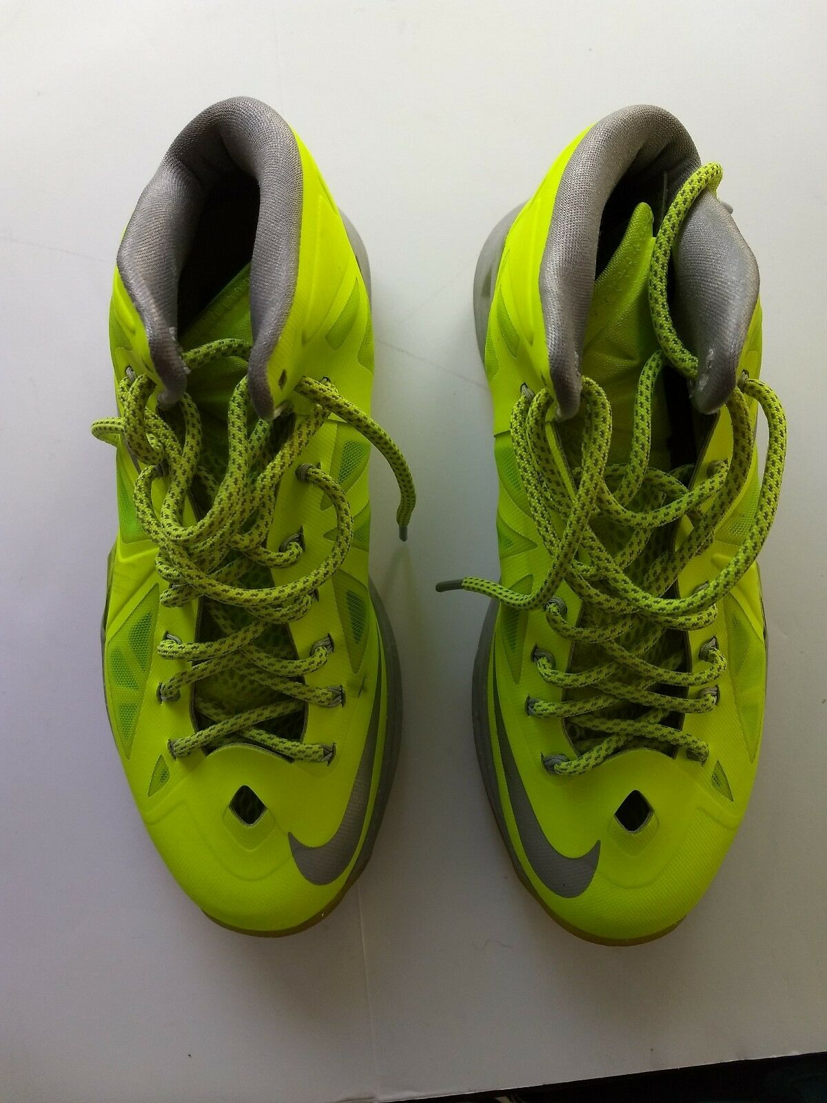 PRE OWNED NIKE LEBRON X 10'S DUNKMAN SIZE 8 VOLT SNEAKERS AUTHENTIC