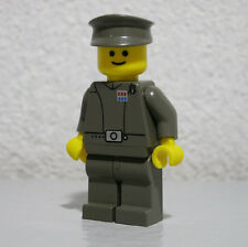 Imperial Officer Classic Yellow 7201 Star Wars LEGO Minifigure