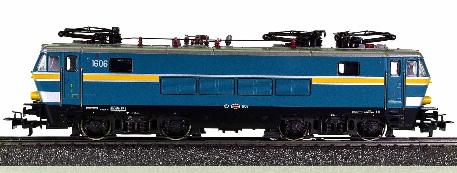Märklin 3363 – Schnellzug-Elektrolok Serie 16 16 16 der SNCB, Club-Sondermodell    Tragen-wider  1e4dca