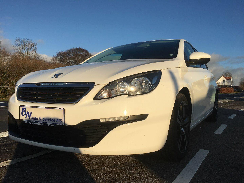 Peugeot 308 1,2 VTi 82 Access 5d - 70.000 kr.