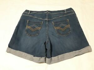 Lane-Bryant-Size-20-Denim-woman-039-s-Shorts-Blue-Jean-Cuffed