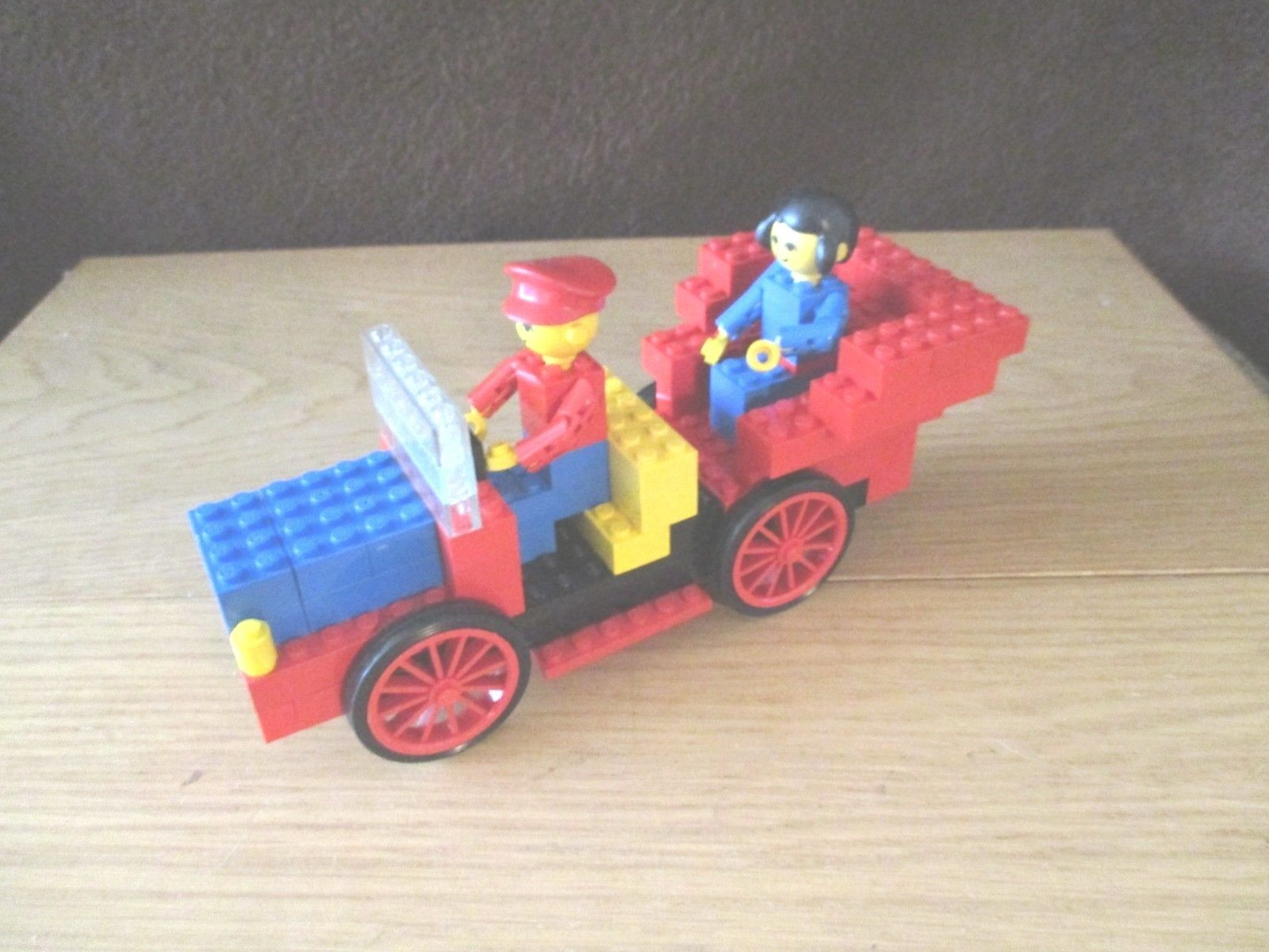 Lego-Homemaker-Antique Car nº 196 de 1975