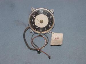 1946-1947-1948-Dodge-D24-CLOCK-NOS-MoPar-Chryco