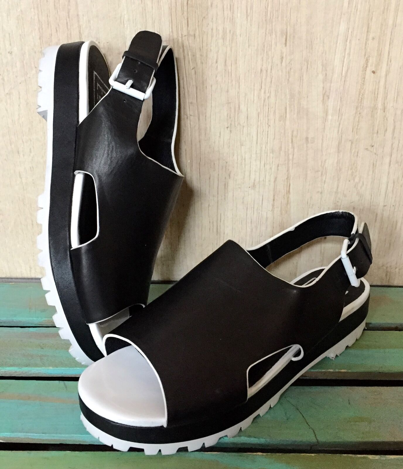 Man's/Woman's Helens Wedge Heart Black Wedge Helens with Bow Easy to clean surface New design Vintage tide shoes 6add0b