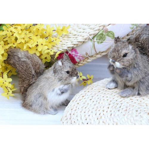 Simulierte Stehende Eichhörnchen Spielzeug Hausgarten Yard Decor