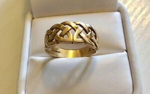 Good-Vintage-Solid-Heavy-9-Carat-Gold-Celtic-Style-Design-Ring-Size-S-1-2