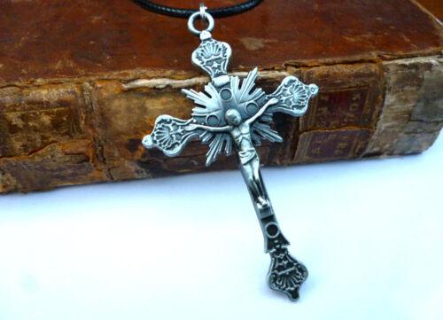 Schönes Kreuz Kruzifix Christus Kette silbergrau Jesus Anhänger Halskette 7x 4,5