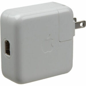 Genuine-Apple-Firewire-wall-charger-for-older-iPods
