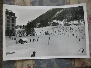 CPA-1950-1960-Chamonix-Mt-Blanc-les-pistes-du-Savoy-Palace-et-remonte-pente