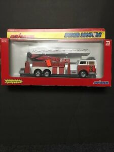 Majorette-SUPER-MOVERS-3090-Series-3096-Fire-Engine-w-Extension-Ladder-1-47