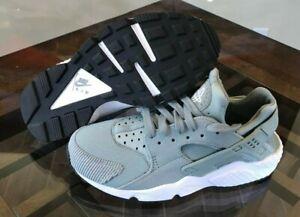 Nike Air Huarache Run SE Running Shoes