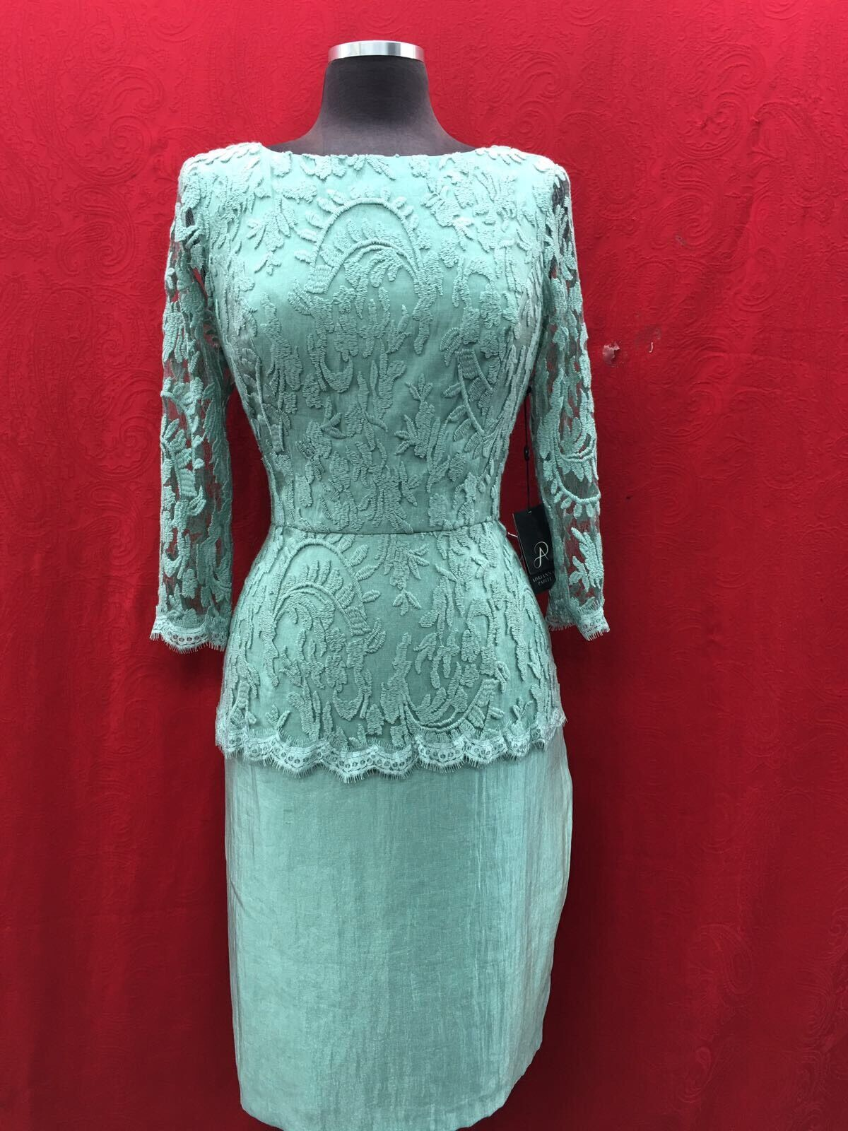 SIMPLY BY LILIANA DRESS  NEW WITH TAG SIZE 12 RETAIL  GREEN LENGTH 39