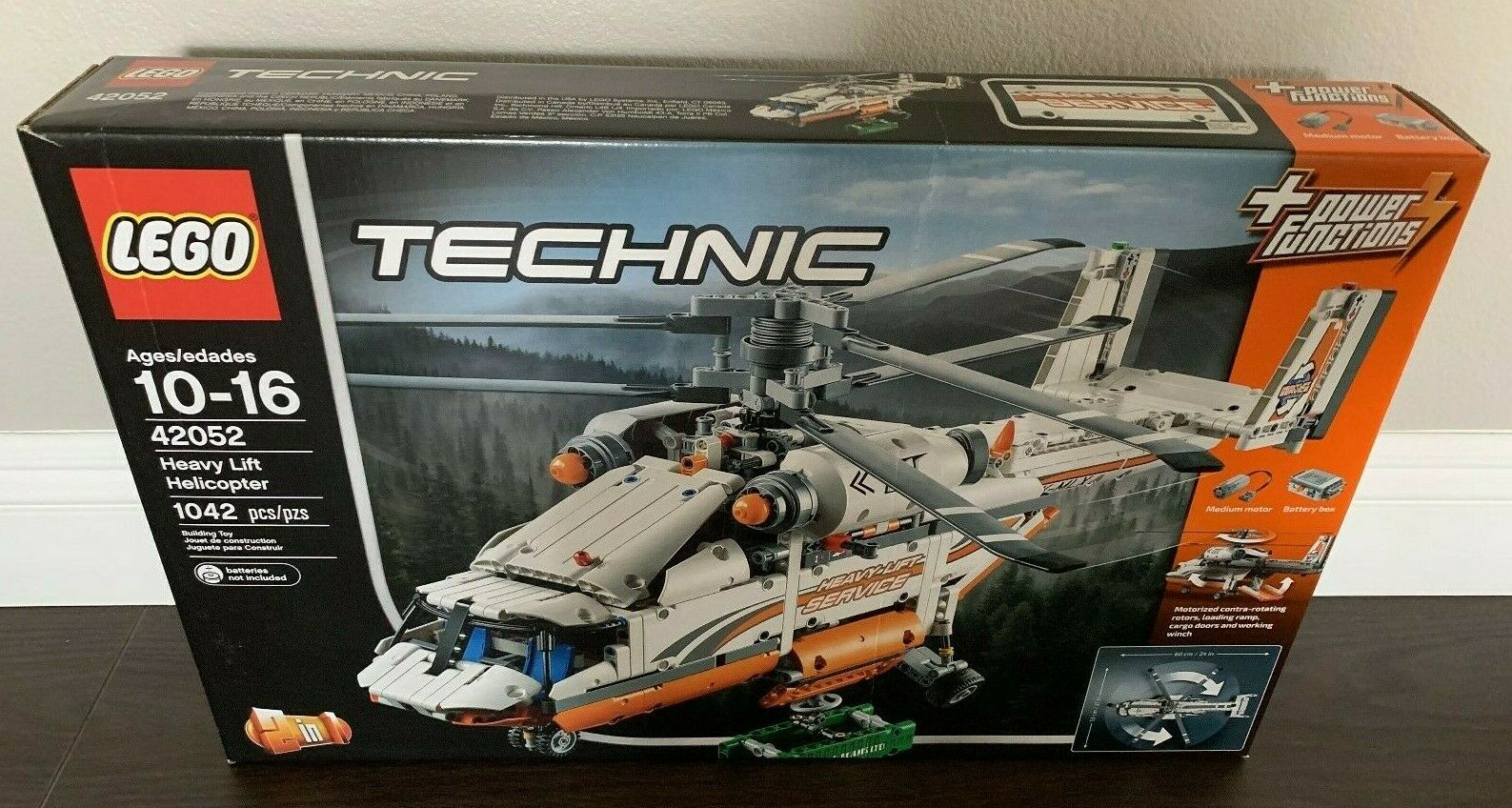 LEGO Technic Heavy Lift Helicopter (42052) New & Sealed