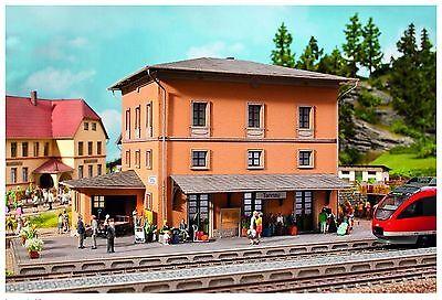 NOCH 66004 - H0 Kit stazione ferroviaria stile italiano taglio laser cm. 27 x 18