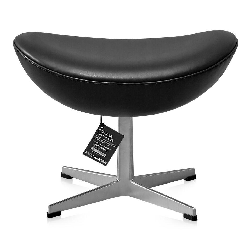 Arne Jacobsen, NY Arne Jacobsen Skammel model 3127