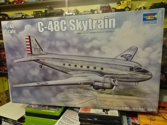 1 48 Trumpeter (2006)  Douglas C- 48C   Skytrain    Transport Aircraft