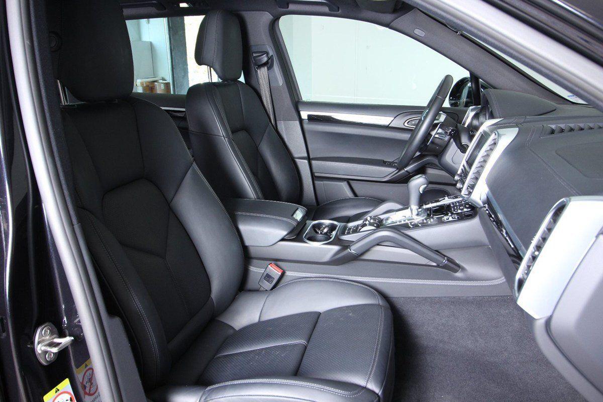 Porsche Cayenne D Tiptr. Van