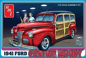 AMT-1941-Ford-Custom-Woody-1-25-scale-model-car-kit-new-906