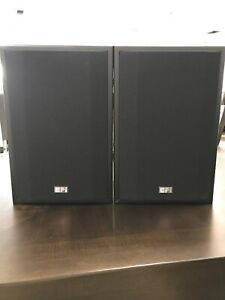 EPI-Harman-Epicure-Model-70-Series-3-Two-Way-Bookshelf-Loudspeakers-Nice