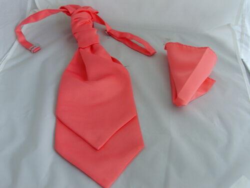 /< neuf /> corail saumon homme chouchou ruché mariage cravate cravate et mouchoir set