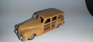 Meccano-Dinky-Model-344-Plymouth-Woody-Station-Wagon