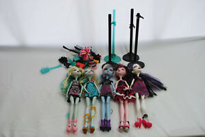 Mattel-Monster-High-Lot-of-5-Dolls-w-Accessories