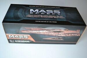 Sdcc Comic-con 2014 Dark Horse Mass Effect Alliance Cruiser Ship Bronze Ltd Ed