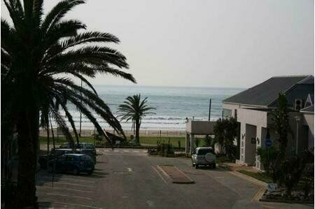 Perfect holiday apartment To Rent - Walking distance to the Beach i