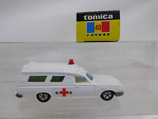 Mes-51856 40 tomica 1:70 toyota Ambulance muy buen estado,