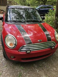 Mini Cooper 2007 automatique en bonne condition