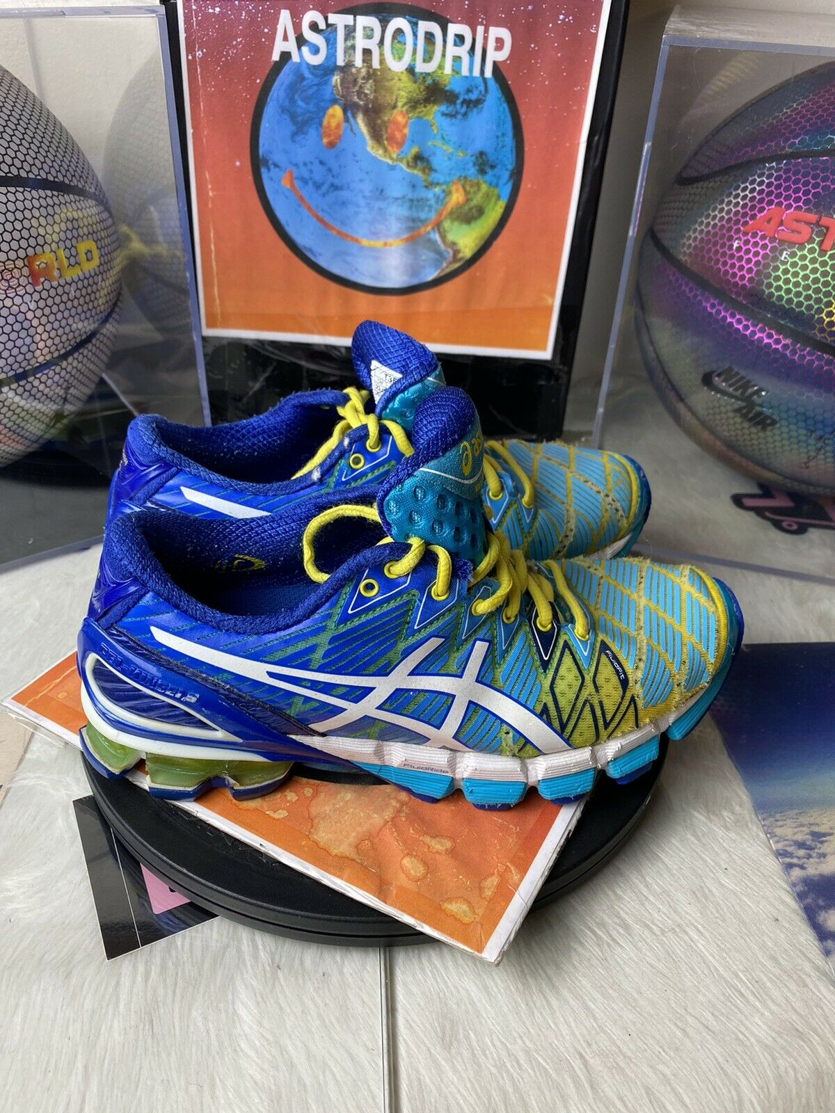 T3E9Y - ASICS Gel Kinsei 5 Blue / Yellow - Size: Womens 6 Running Shoes