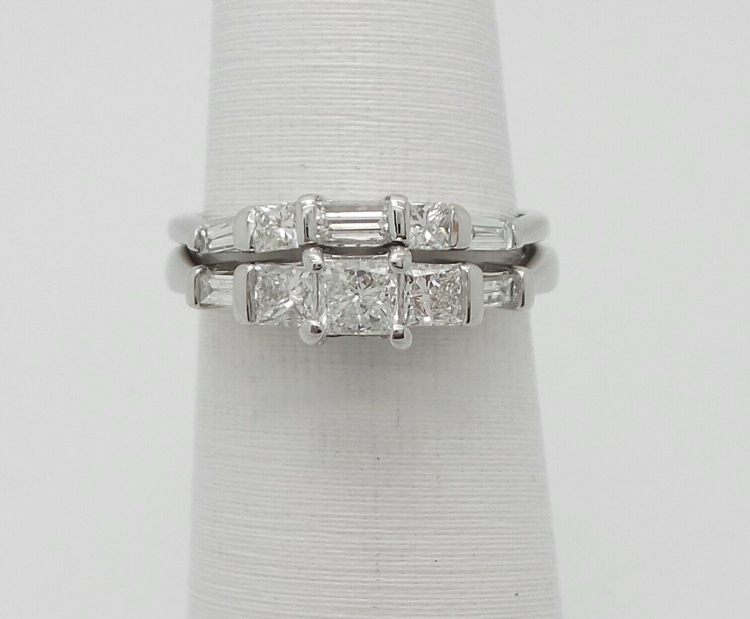 Zales 1CT Diamond Solitaire Engagement Wedding Bridal Set Ring 14K White gold