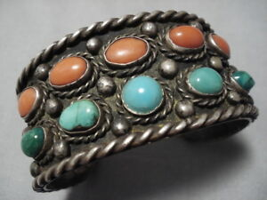 ASTONISHING-VINTAGE-NAVAJO-CORAL-GREEN-TURQUOISE-STERLING-SILVER-BRACELET-OLD