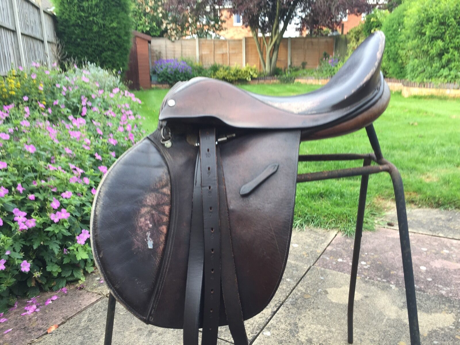 16 1 2 Inch Brown English Gp WH cut Pony Saddle, Suit Breaking In Native Type