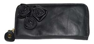 Steve-Madden-Black-with-3-Flowers-Faux-Leather-Organizer-Zip-Around-Wallet-NWOT