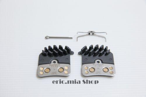 Shimano H03C Disc Metal Brake Pads w//Spring /& Pin Saint Zee BR-M820//M640 1 pair