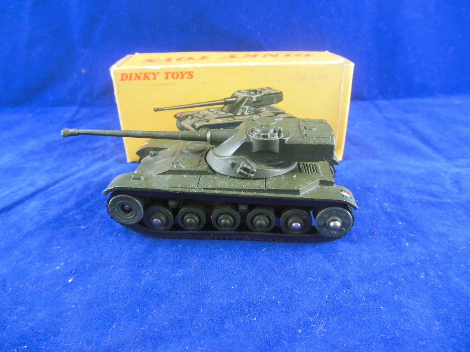 Dinky toys 80C Char A.M.X 13 Tonnes Tank made in France