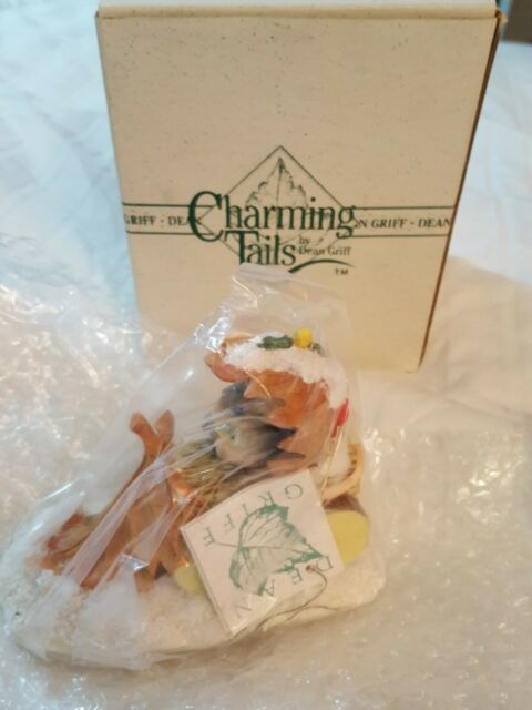Charming Tails Snow Plow 87566  Brand New in Box Retired
