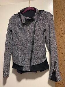 Lululemon Bust A Move Jacket Plash Petal Black Ghost / Black, Size 4, Tagless