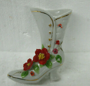 Vintage-Porcelain-Shoe-Boot-Made-in-Taiwan-Gold-Trim-High-Heel-Boot-Flowers