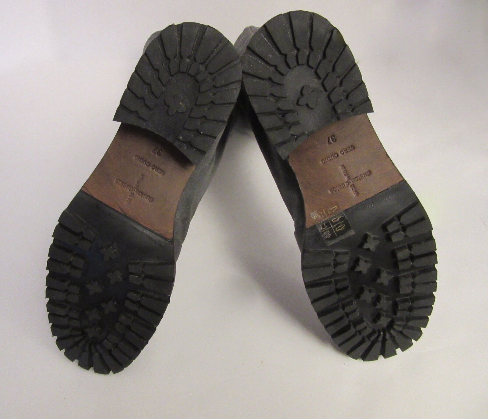 32ed524c56a ... Dusica Dusica damen grau Leather Distressed Stiefel Stiefel Stiefel Zip  Front Größe 7M 339643 ...