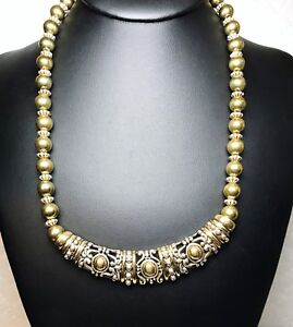 Vintage-Avon-Signed-Gold-And-Silver-Bead-Necklace-And-Pendant-Jewelry