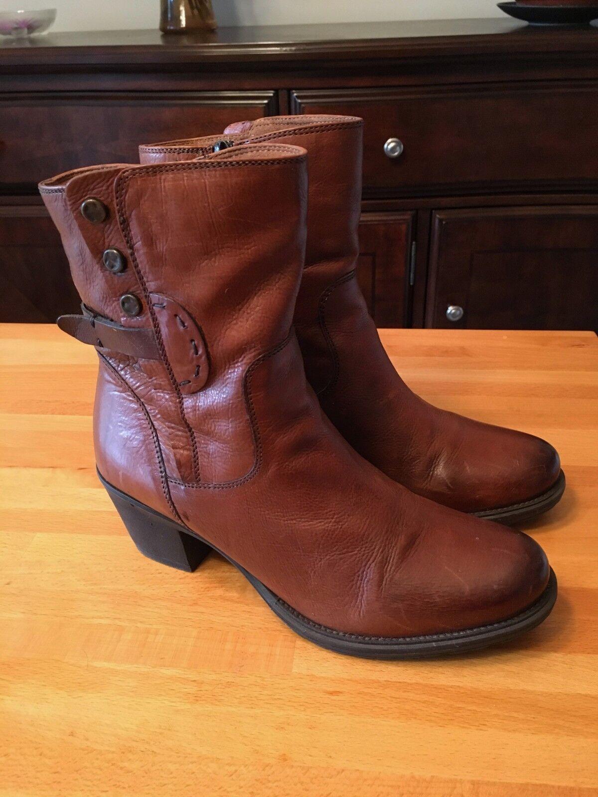 Clarks Maymie Skye Tan Leather Boots Size 7.5