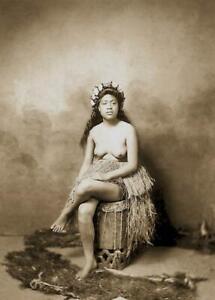 Antique-Photo-Hawaiian-Woman-Grass-Skirt-Topless-Photo-Print-5x7