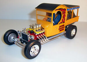 2014-AMT-1-25-1925-FORD-T-FRUIT-WAGON-model-kit-new-in-the-box